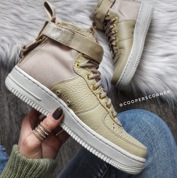 13f10c2f5173e NEW Nike SF Air Force 1 Mid. Listing Price   103